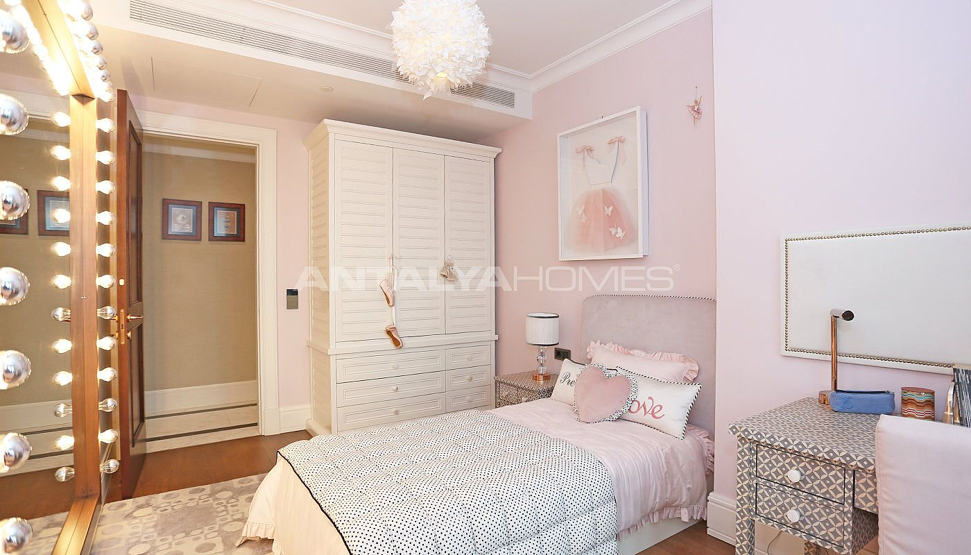 cozy-apartments-in-the-new-coastal-district-of-istanbul-interior-009.jpg