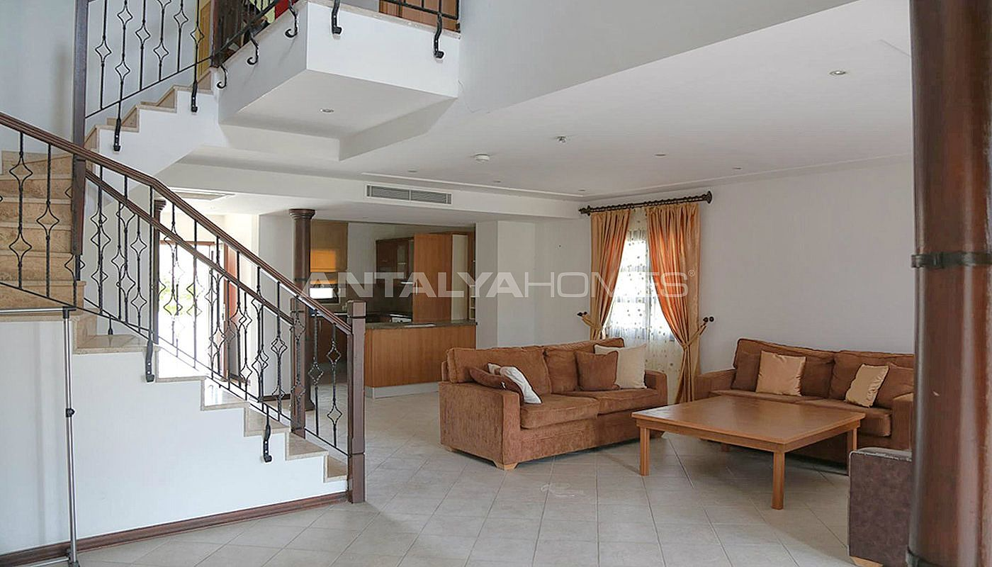 fully-furnished-houses-with-hotel-concept-in-antalya-interior-001.jpg