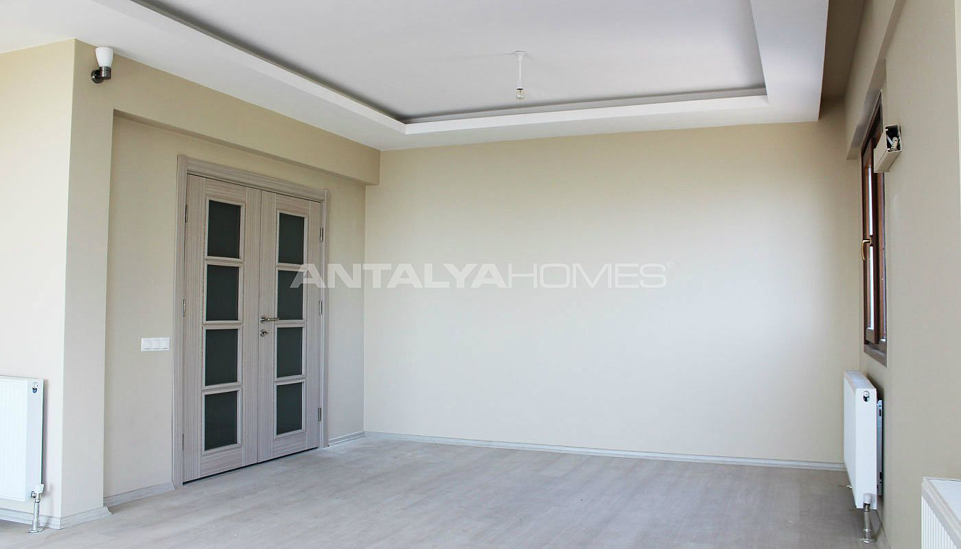 high-quality-real-estate-in-trabzon-with-panoramic-view-interior-002.jpg
