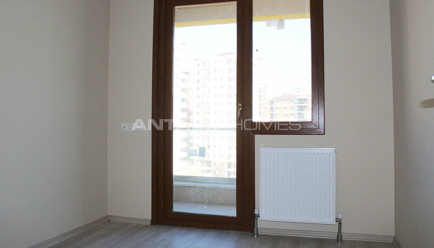 high-quality-real-estate-in-trabzon-with-panoramic-view-interior-008.jpg