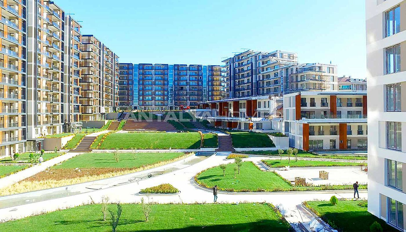 key-ready-istanbul-apartments-with-overlooking-lake-004.jpg