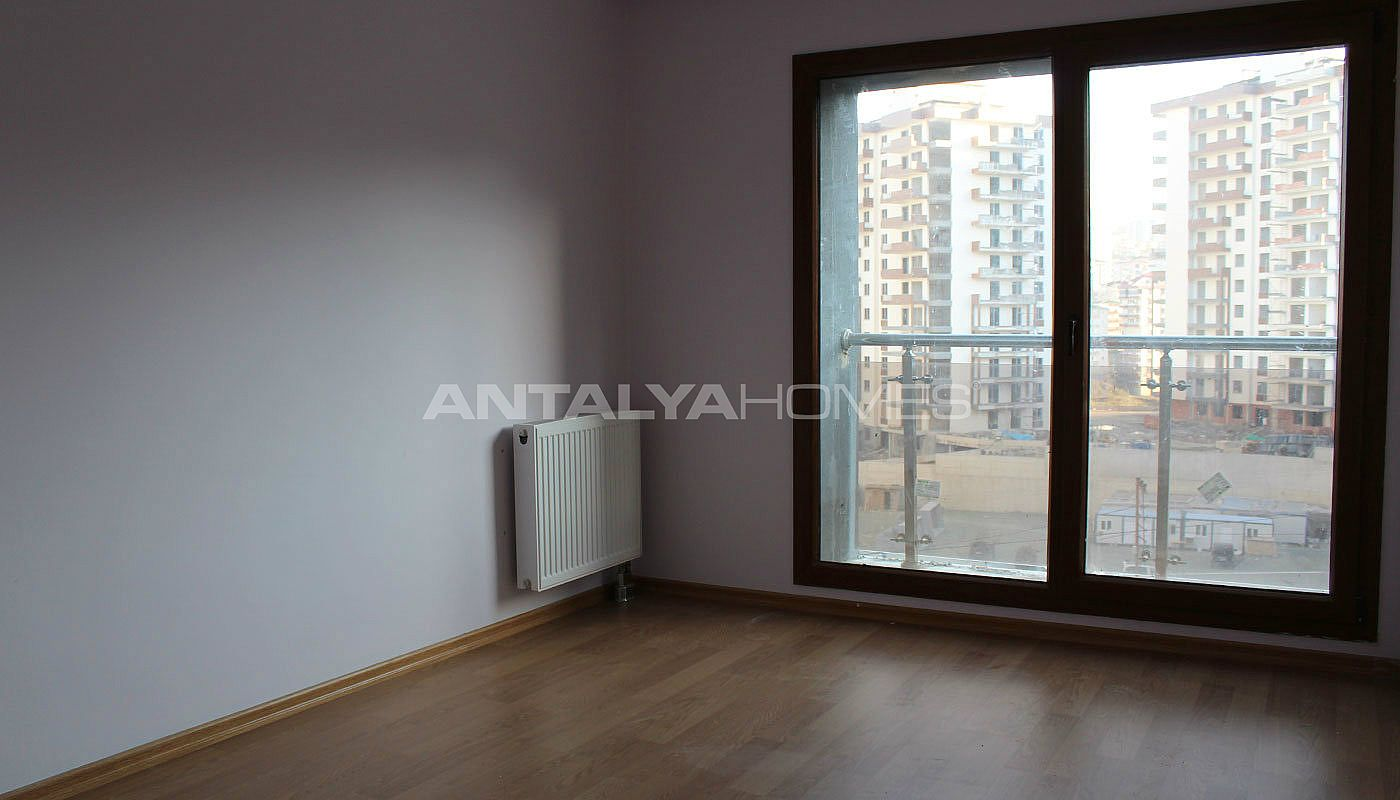 large-apartment-in-trabzon-with-ensuite-bathroom-interior-007.jpg