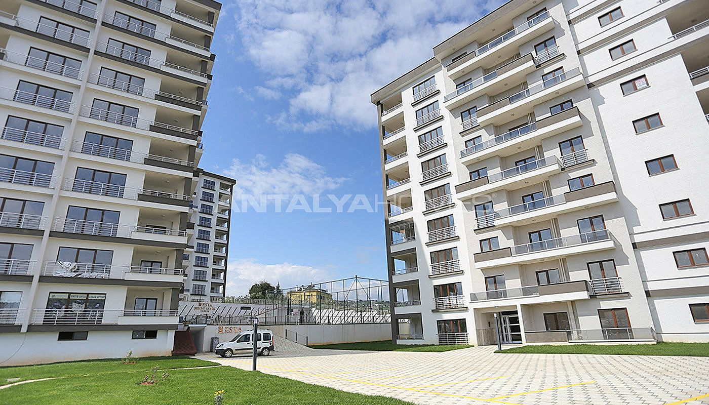 large-apartments-in-trabzon-with-double-lift-004.jpg