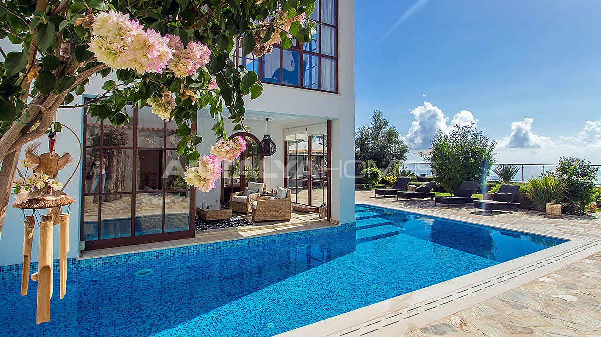 buy-a-villa-in-alanya-for-privileged-lifestyle-005.jpg