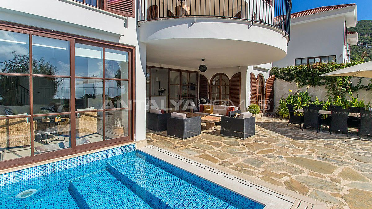 buy-a-villa-in-alanya-for-privileged-lifestyle-010.jpg