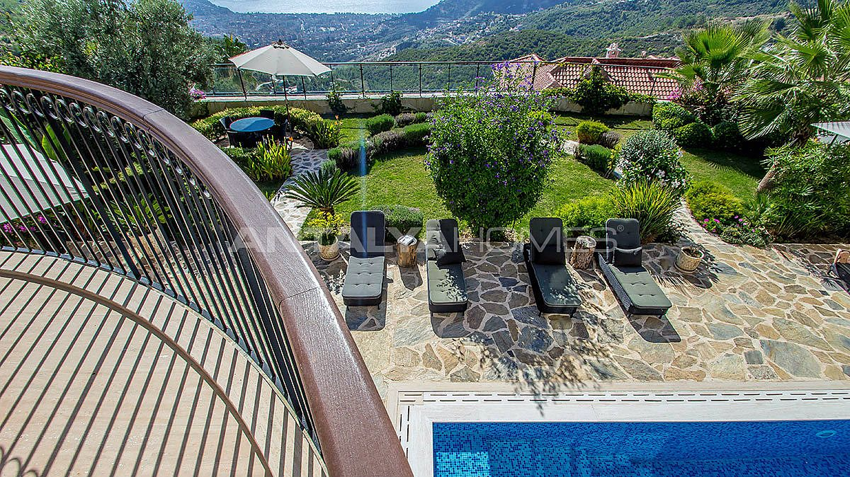 buy-a-villa-in-alanya-for-privileged-lifestyle-012.jpg