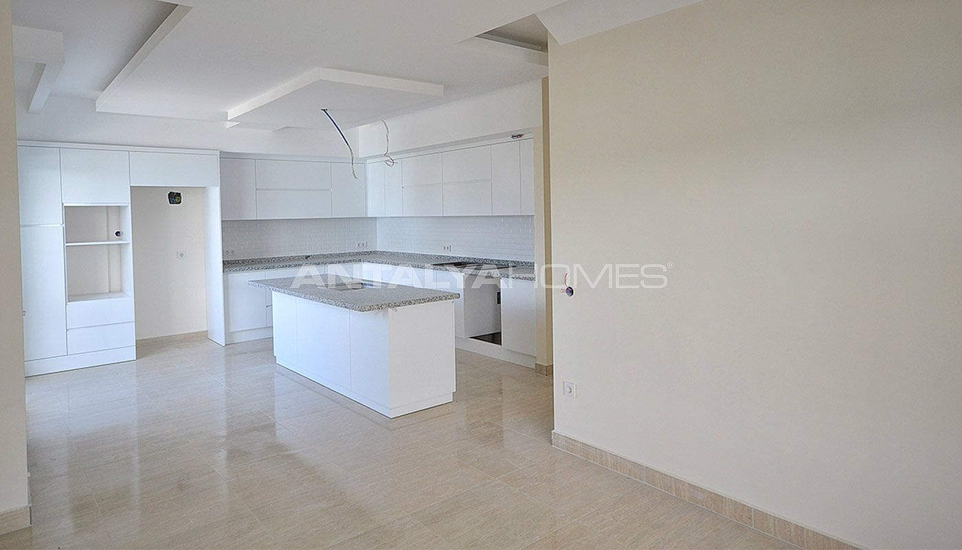 luxury-apartments-for-sale-in-alanya-city-center-interior-004.jpg