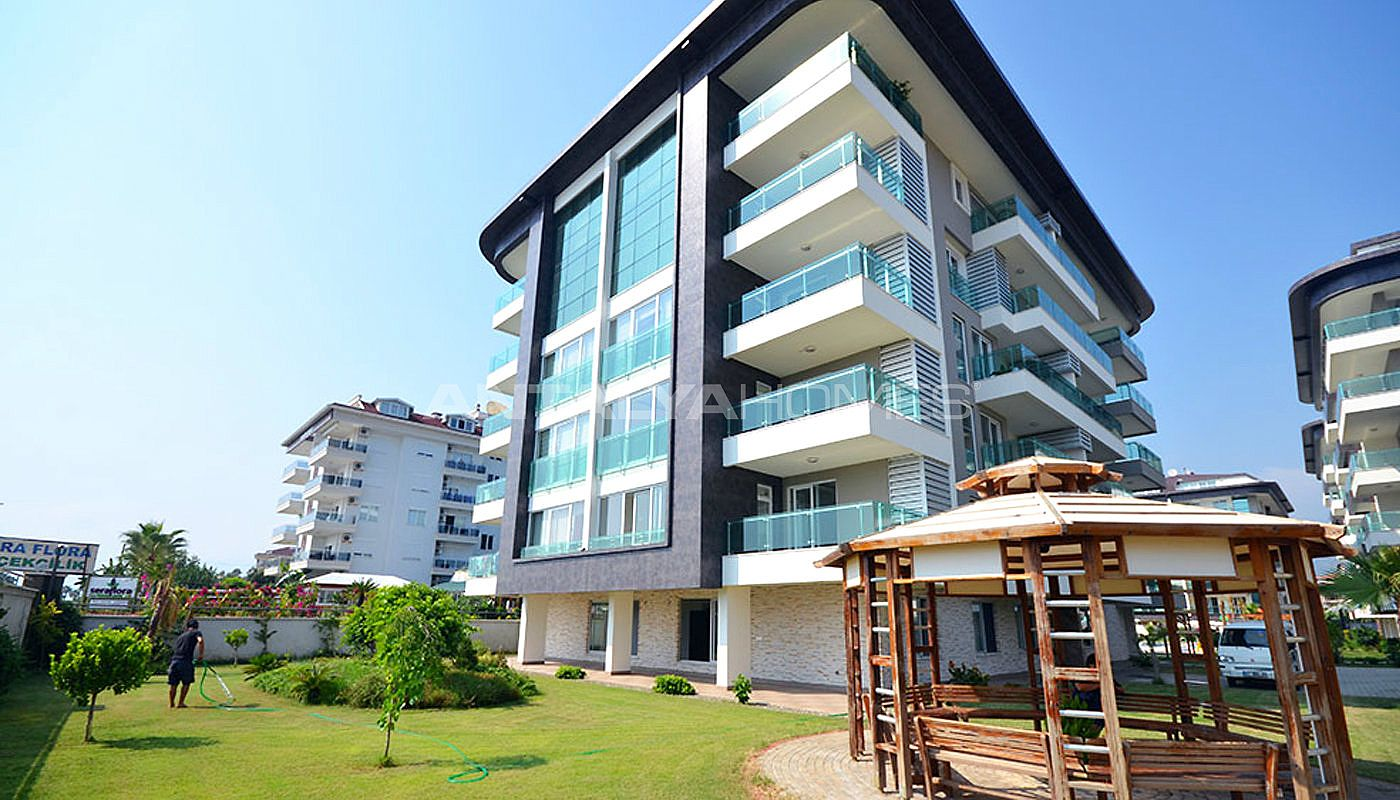 seafront-alanya-apartments-with-rich-social-facilities-001.jpg