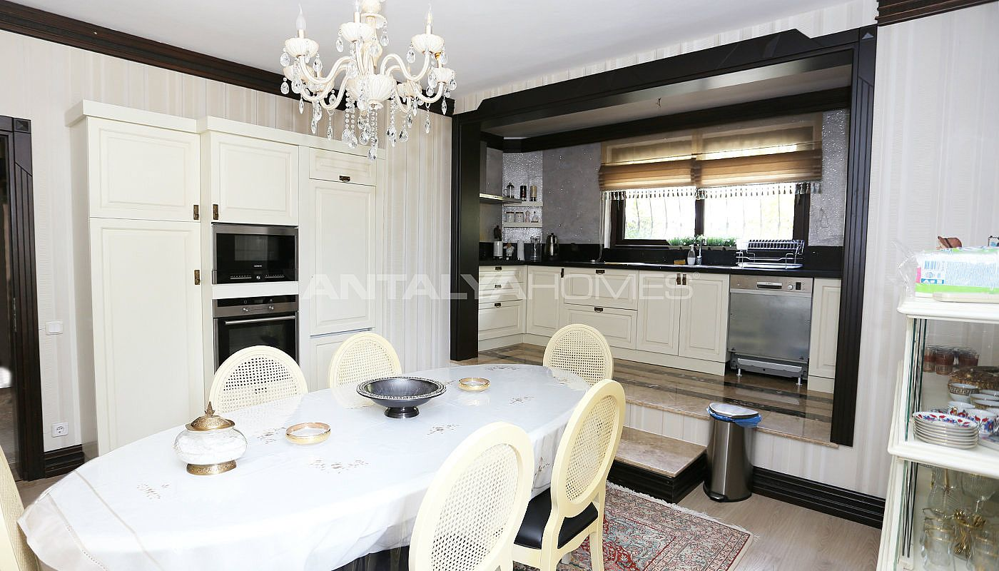 10-bedroom-family-friendly-villas-in-kepez-antalya-interior-004.jpg