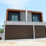 contemporary-villas-with-smart-home-system-in-kundu-001.jpg
