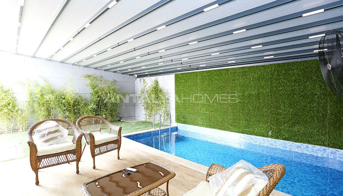 contemporary-villas-with-smart-home-system-in-kundu-012.jpg