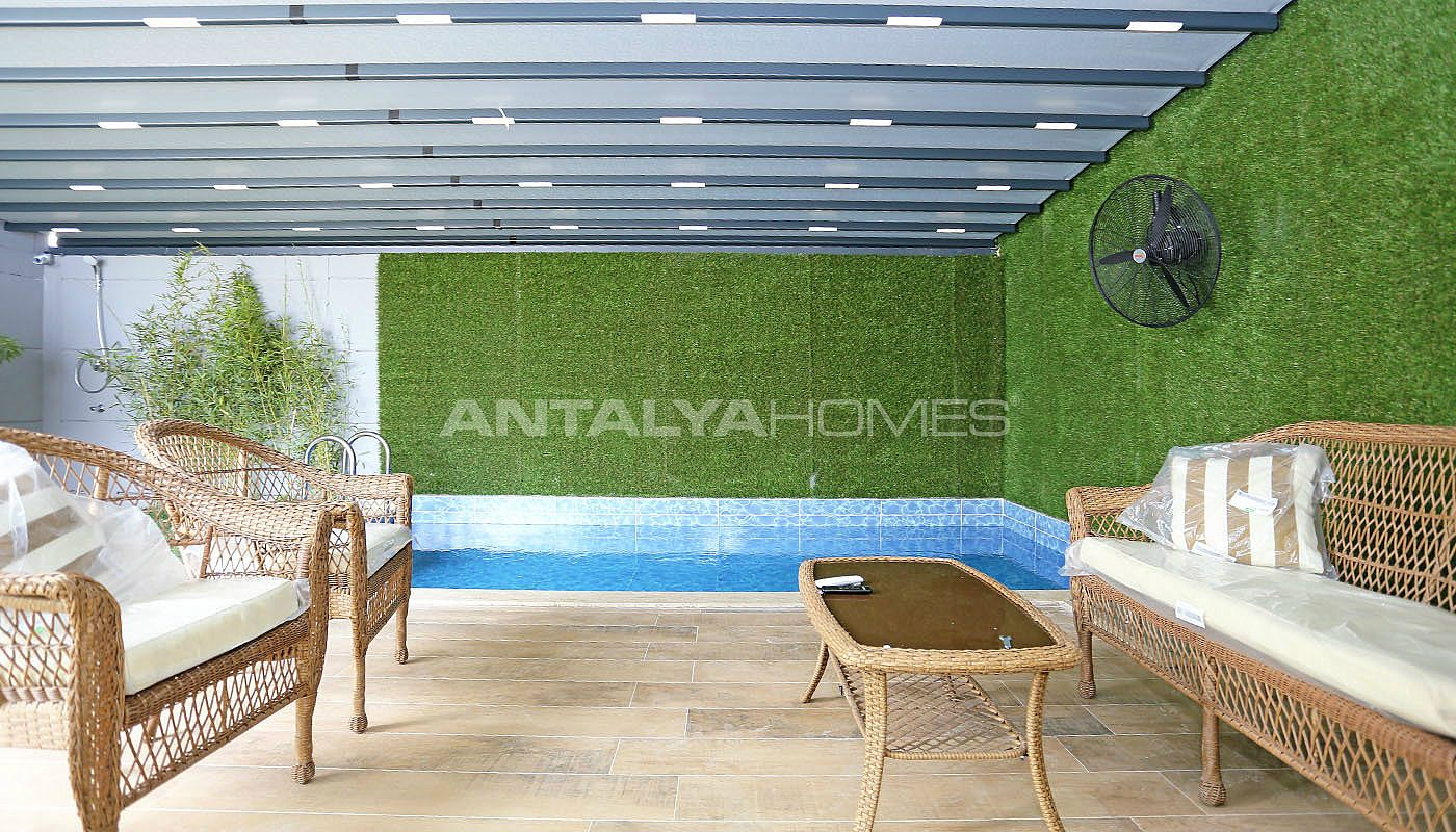 contemporary-villas-with-smart-home-system-in-kundu-014.jpg