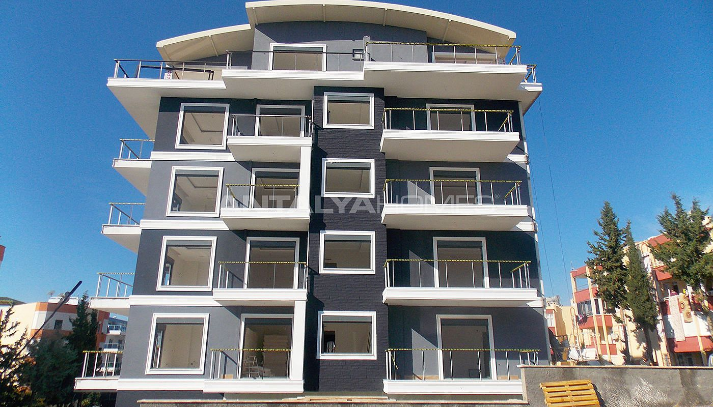 first-class-apartments-near-all-amenities-in-alanya-construction-001.jpg