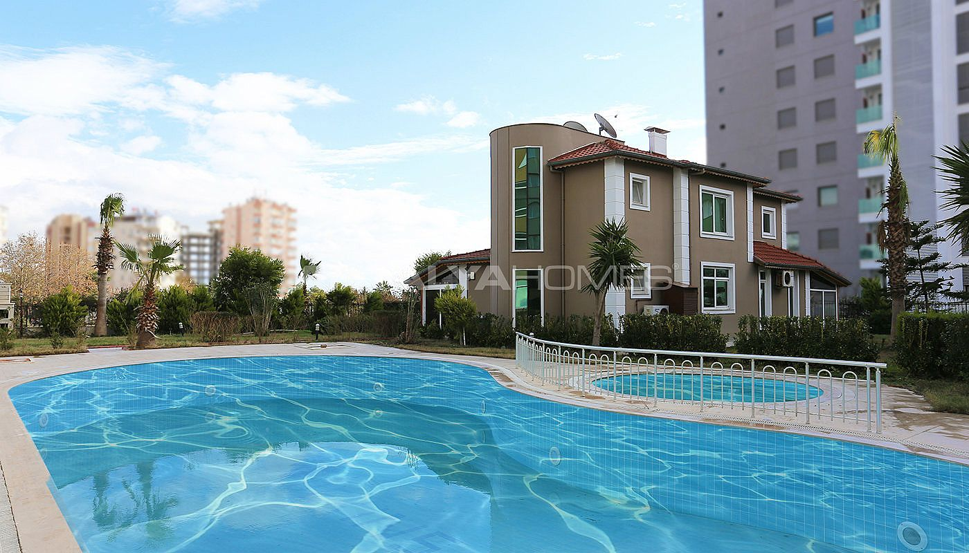 furnished-villa-within-walking-distance-to-the-sea-in-lara-005.jpg