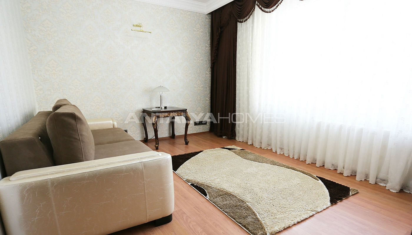 furnished-villa-within-walking-distance-to-the-sea-in-lara-interior-008.jpg