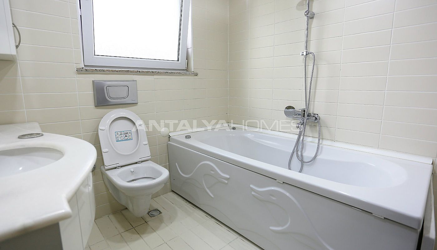 furnished-villa-within-walking-distance-to-the-sea-in-lara-interior-012.jpg