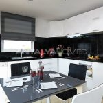 high-quality-real-estate-close-to-the-beach-in-alanya-interior-002.jpg
