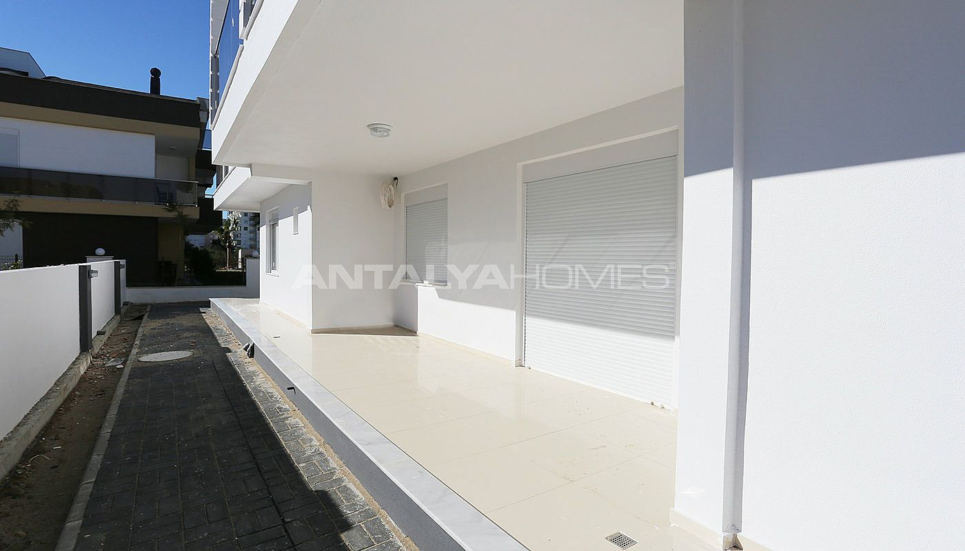 investment-real-estate-100-meters-to-turizm-street-in-antalya-007.jpg