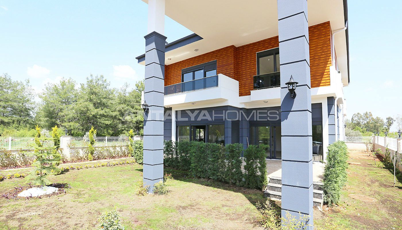 luxury-furnished-villa-with-rich-facilities-in-antalya-001.jpg