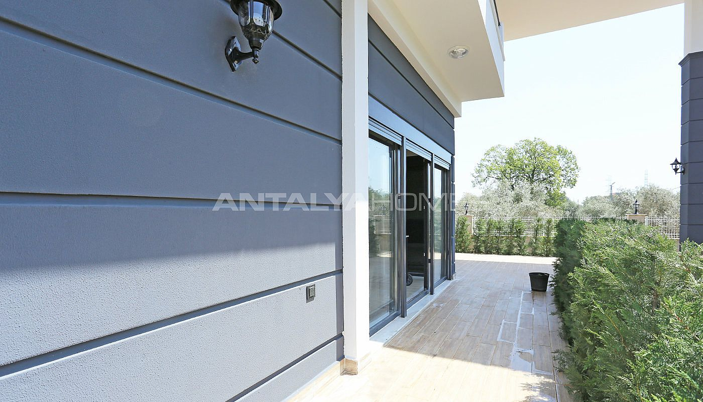 luxury-furnished-villa-with-rich-facilities-in-antalya-003.jpg