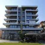 remarkable-beachfront-apartments-in-antalya-turkey-001.jpg