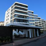 remarkable-beachfront-apartments-in-antalya-turkey-002.jpg
