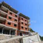 spectecular-design-properties-in-trabzon-with-sea-view-construction-002.jpg