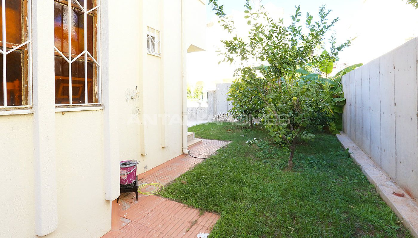totally-renovated-semi-detached-villa-in-kadriye-belek-004.jpg