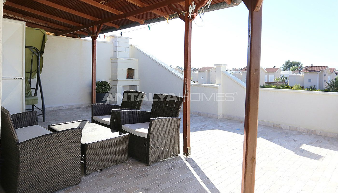 totally-renovated-semi-detached-villa-in-kadriye-belek-interior-011.jpg