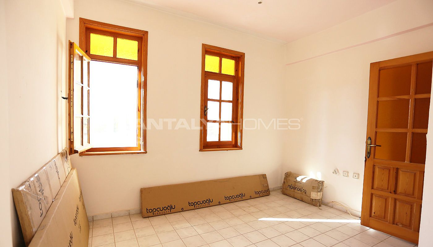 twin-3-1-home-in-the-central-location-of-belek-kadriye-interior-008.jpg
