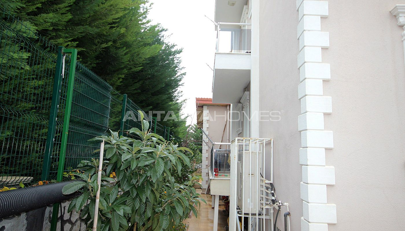 well-kept-house-surrounded-by-nature-in-antalya-dosemealti-010.jpg