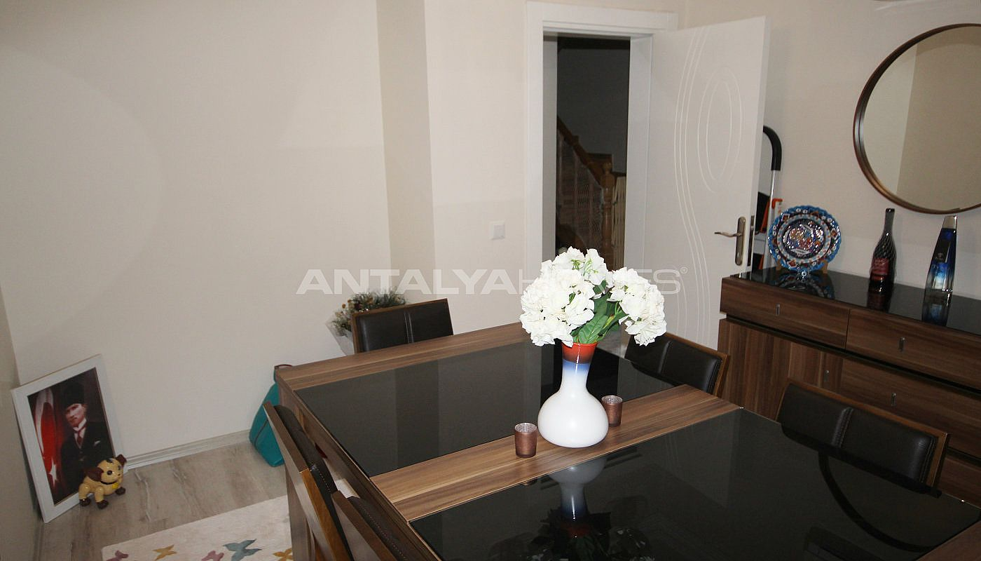 well-kept-house-surrounded-by-nature-in-antalya-dosemealti-interior-013.jpg