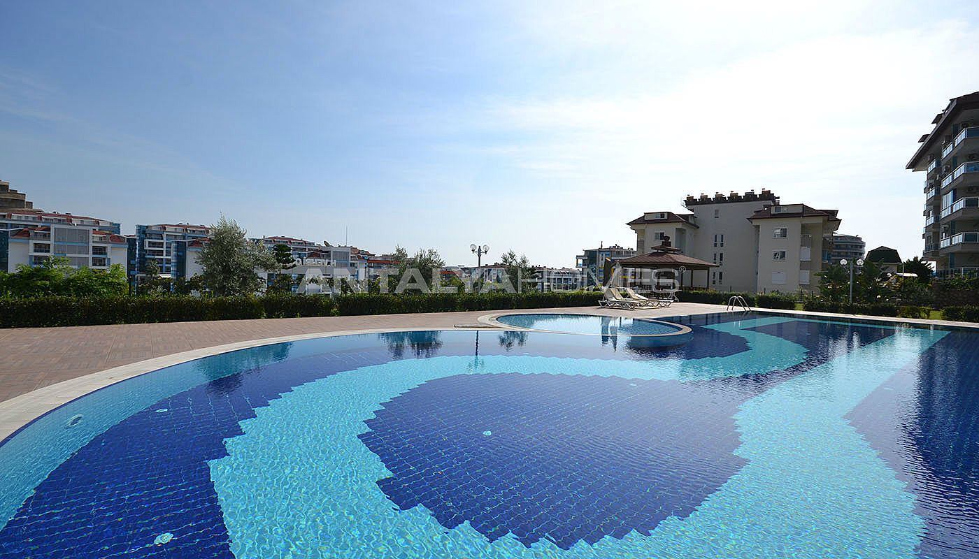 centrally-located-ready-real-estate-in-kestel-alanya-002