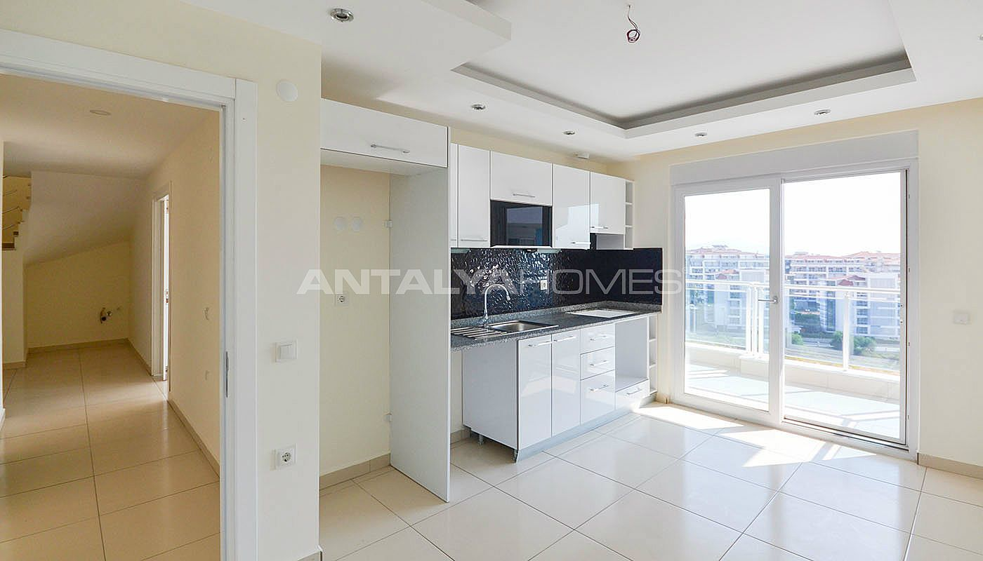 centrally-located-ready-real-estate-in-kestel-alanya-interior-001