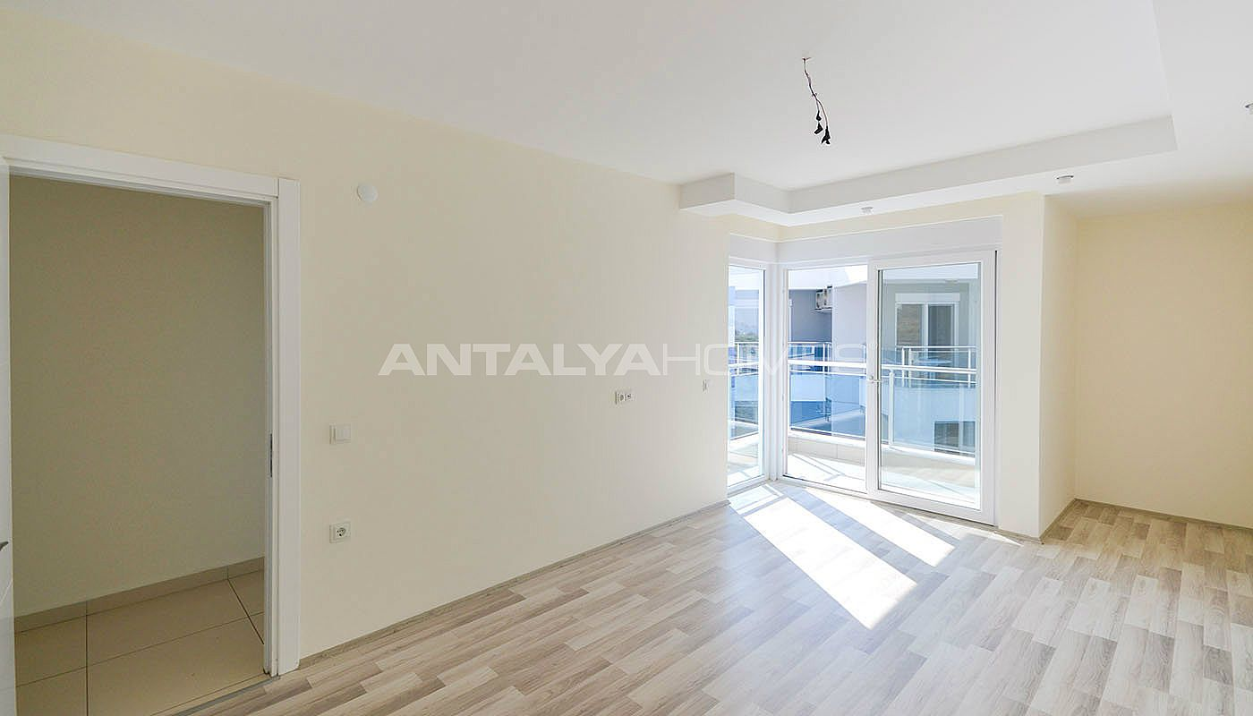 centrally-located-ready-real-estate-in-kestel-alanya-interior-003