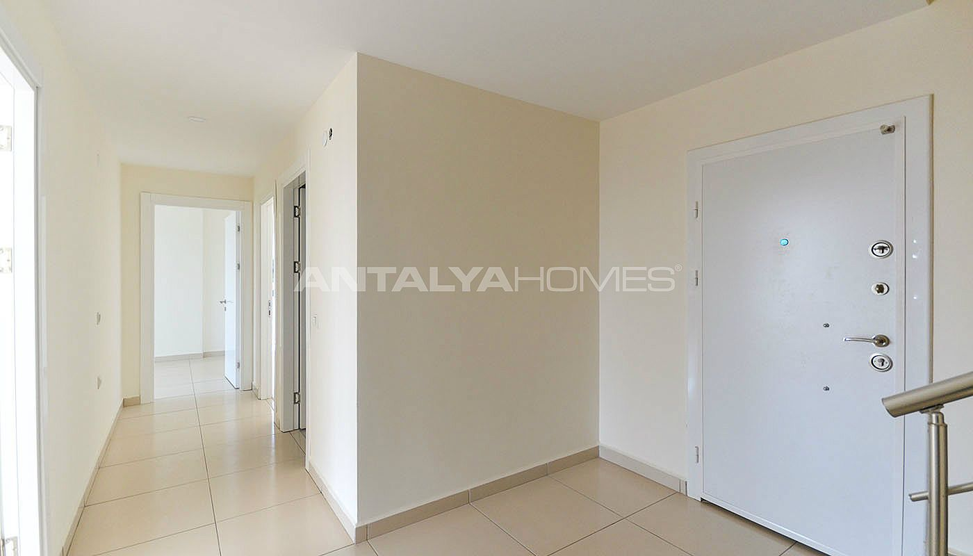 centrally-located-ready-real-estate-in-kestel-alanya-interior-011
