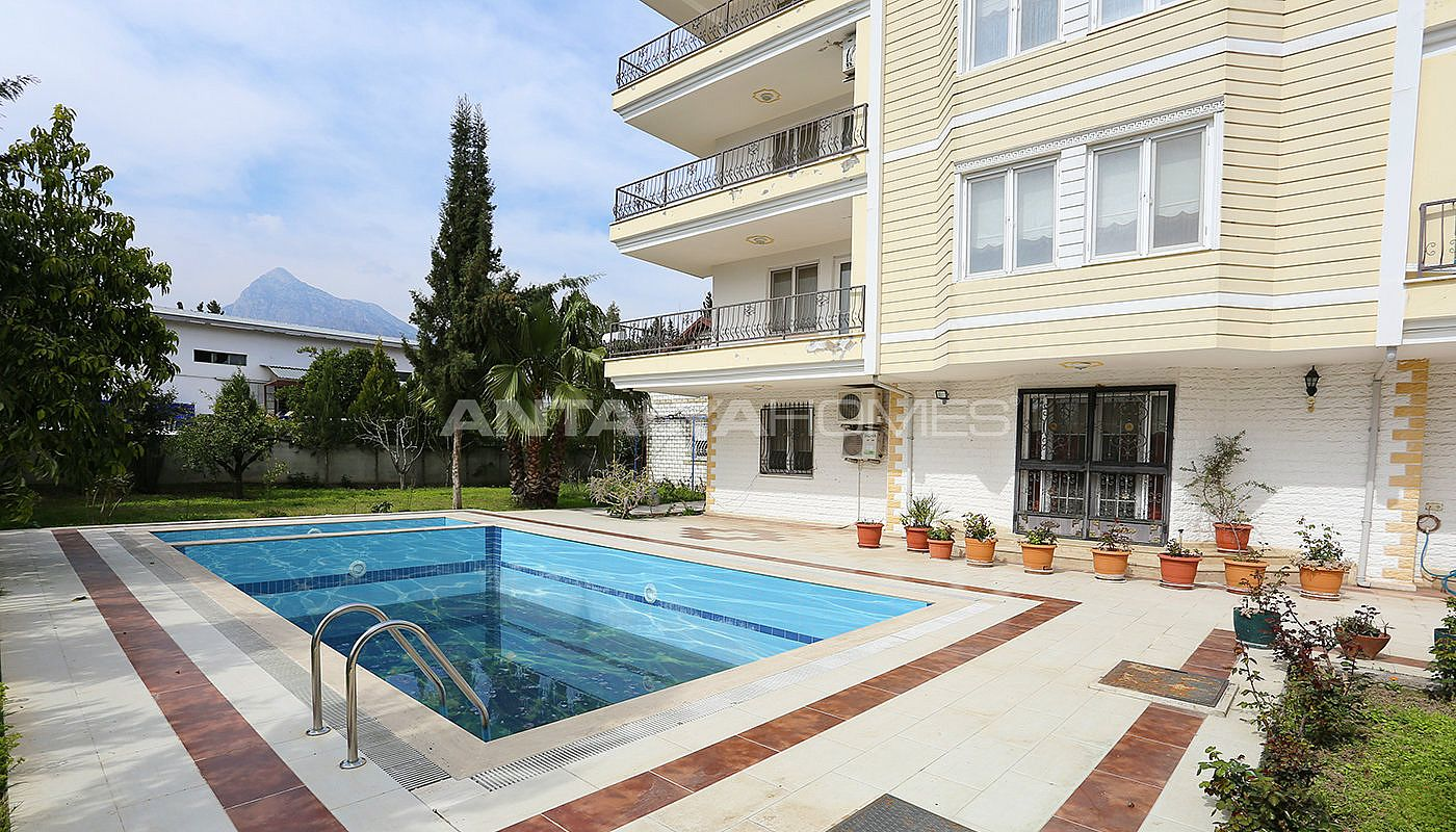 detached-spacious-houses-with-swimming-pool-in-antalya-010.jpg