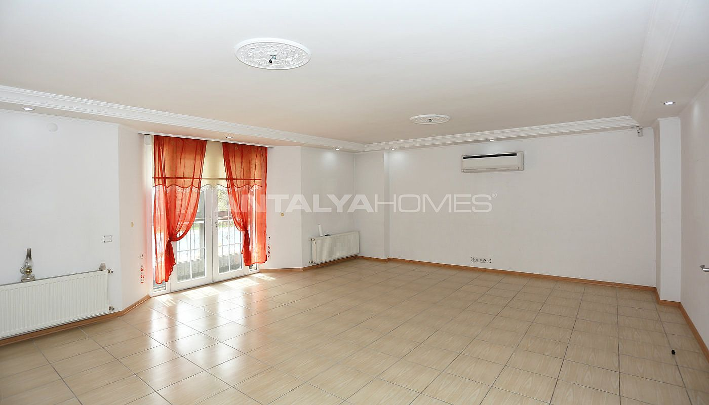detached-spacious-houses-with-swimming-pool-in-antalya-interior-003.jpg
