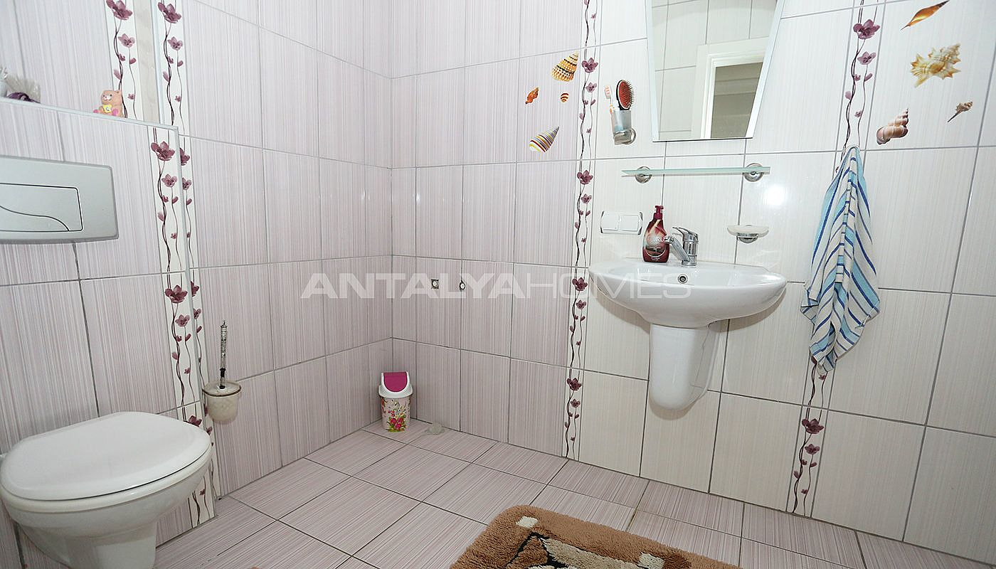 detached-spacious-houses-with-swimming-pool-in-antalya-interior-014.jpg