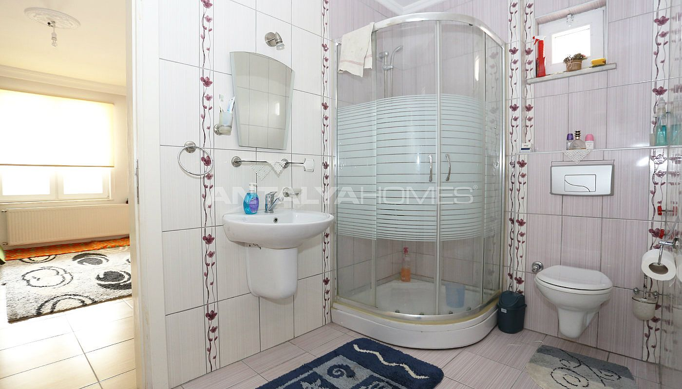 detached-spacious-houses-with-swimming-pool-in-antalya-interior-015.jpg