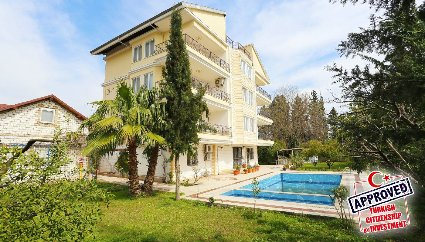 detached-spacious-houses-with-swimming-pool-in-antalya-main.jpg