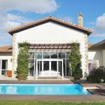 detached-villas-with-private-pool-and-garden-in-istanbul-009.jpg