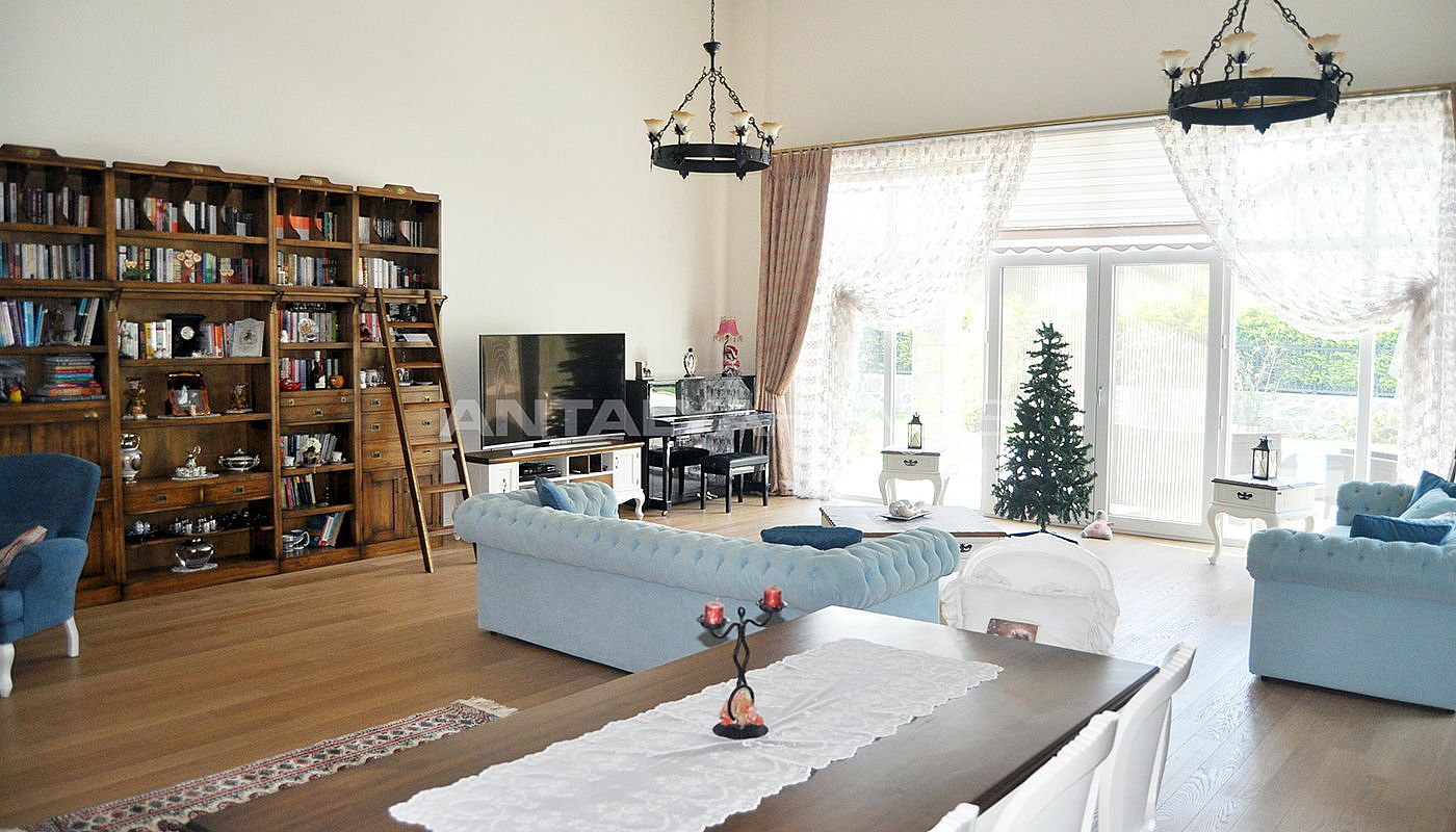 detached-villas-with-private-pool-and-garden-in-istanbul-interior-002.jpg
