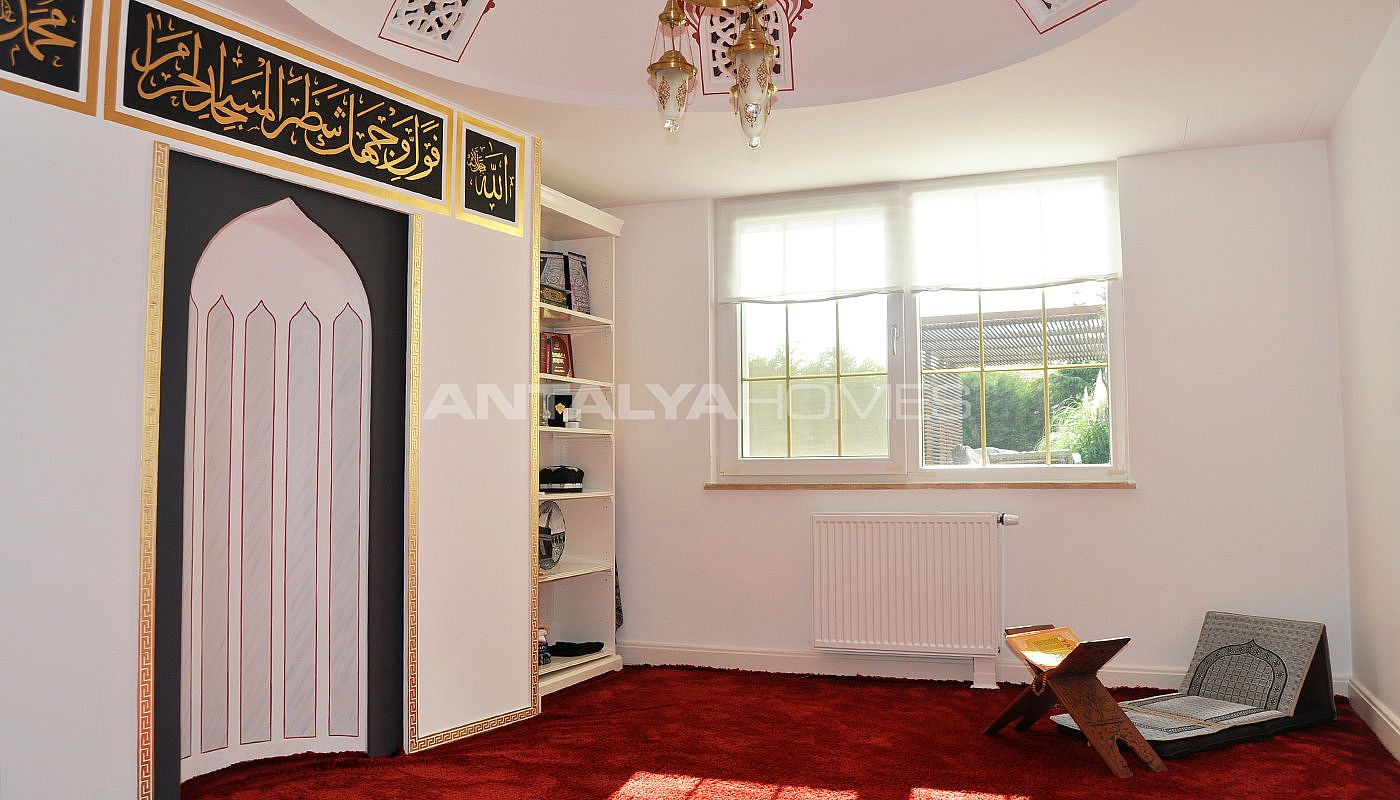 detached-villas-with-private-pool-and-garden-in-istanbul-interior-021.jpg