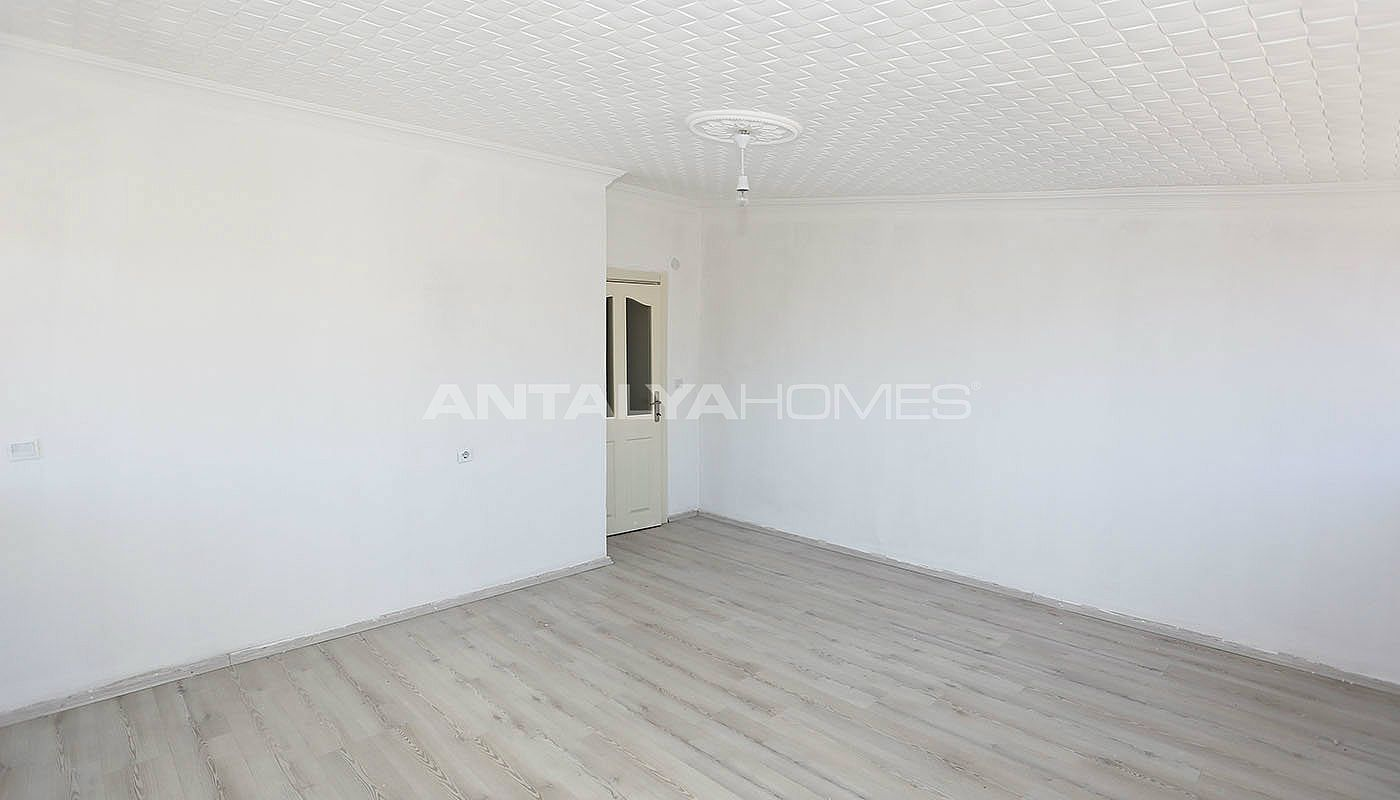 ready-property-with-natural-gas-infrastructure-in-kepez-interior-012.jpg