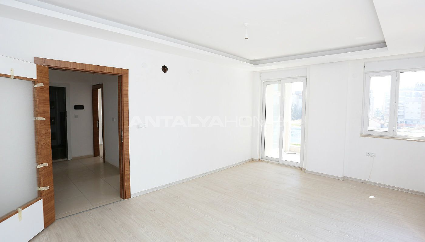 recently-completed-2-bedroom-apartments-in-antalya-kepez-interior-002.jpg