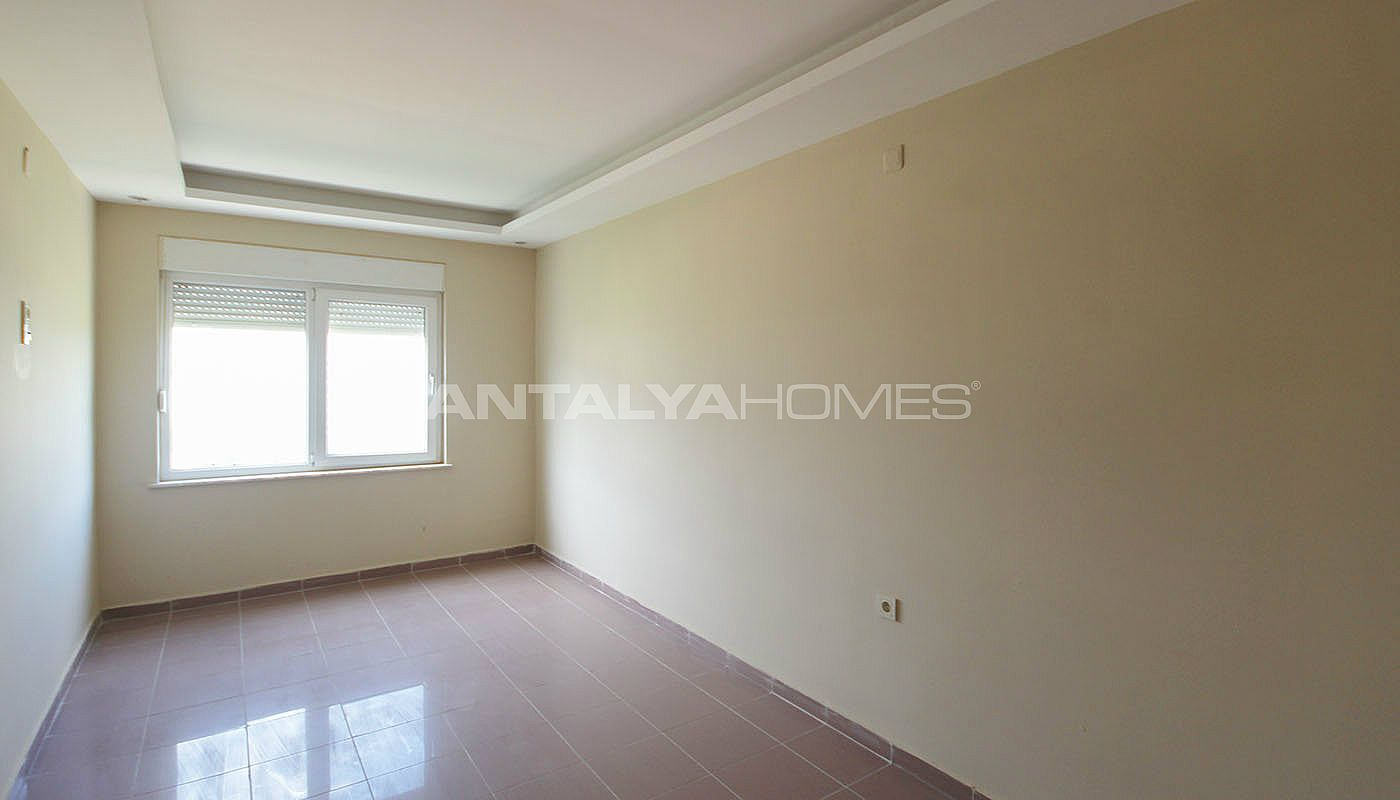 well-located-konyaalti-flats-close-to-the-social-facilities-interior-005