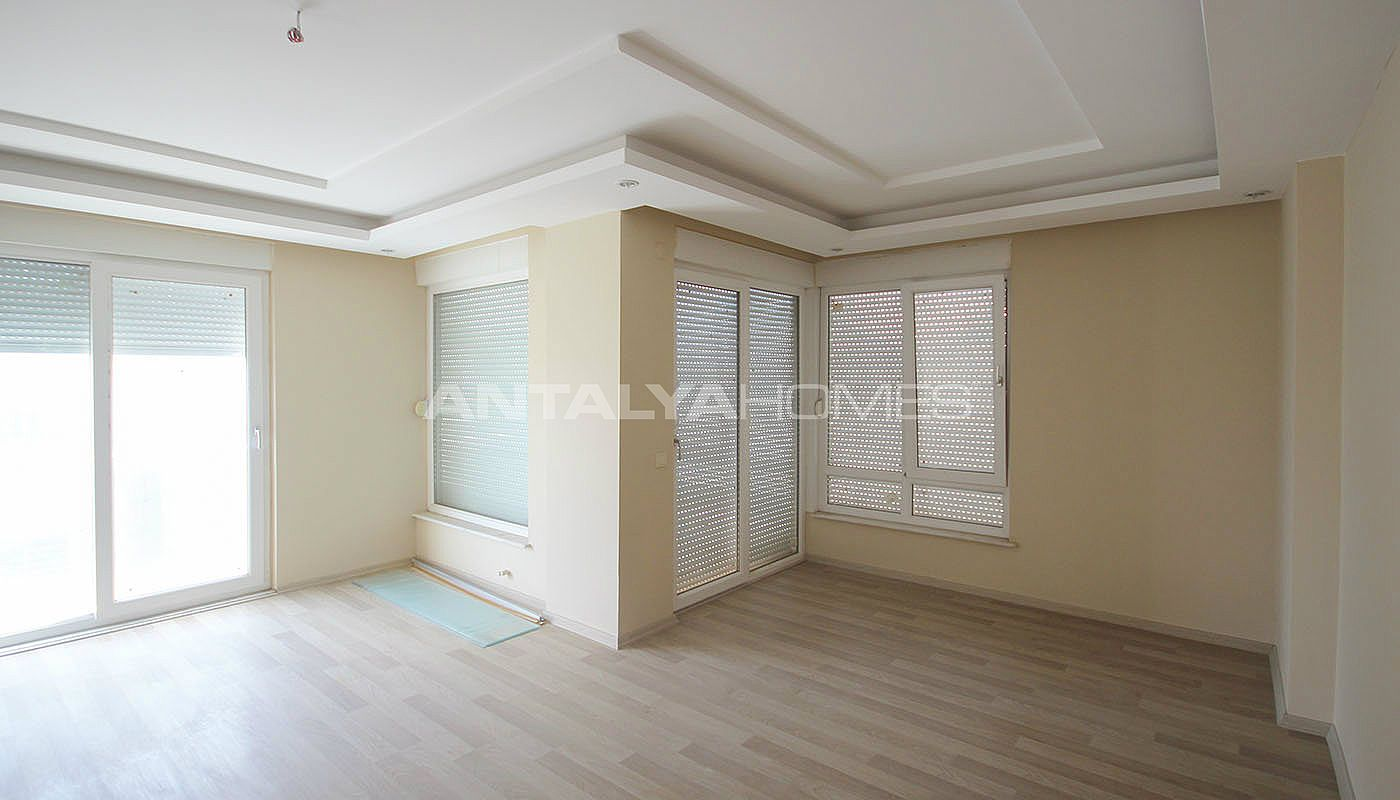 well-located-konyaalti-flats-close-to-the-social-facilities-interior-007
