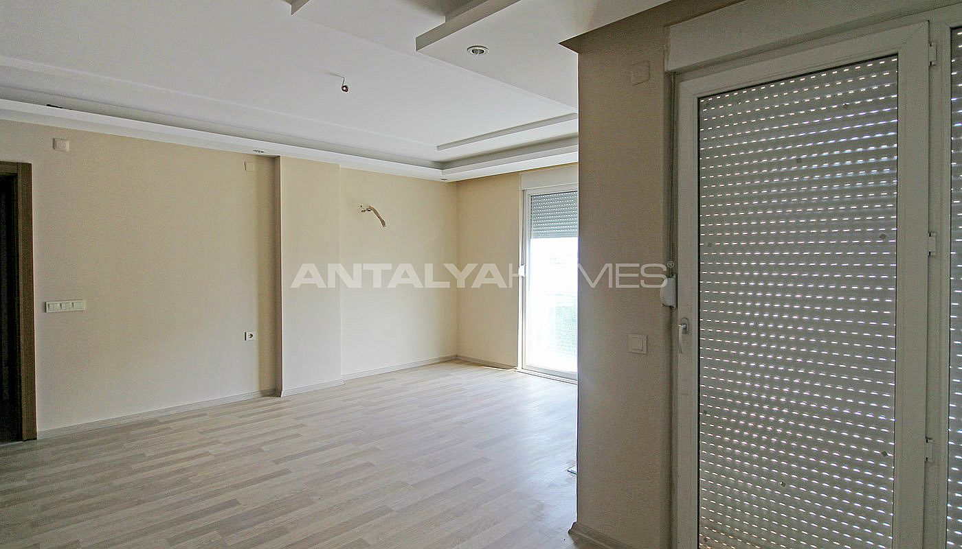 well-located-konyaalti-flats-close-to-the-social-facilities-interior-008
