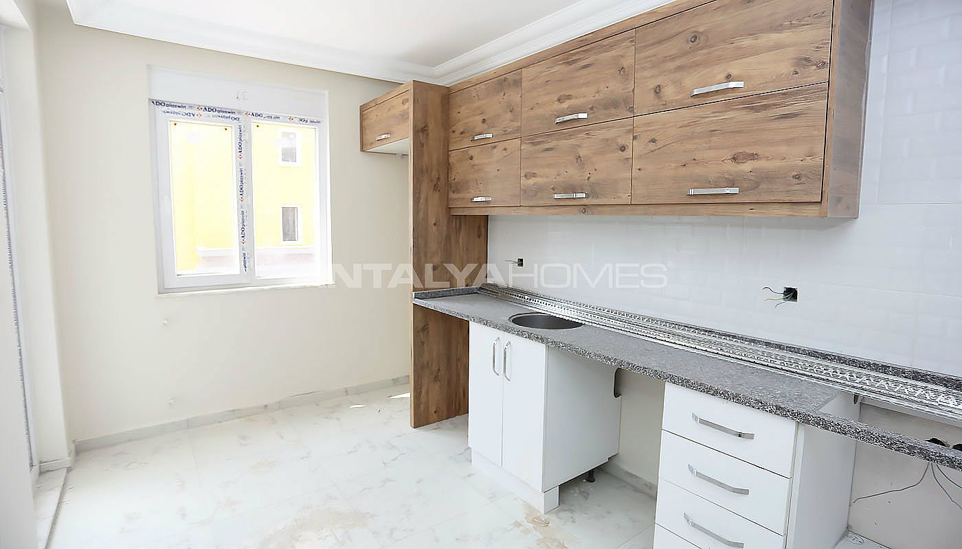 2-1-cheap-apartments-with-separate-kitchen-in-kepez-interior-007.jpg